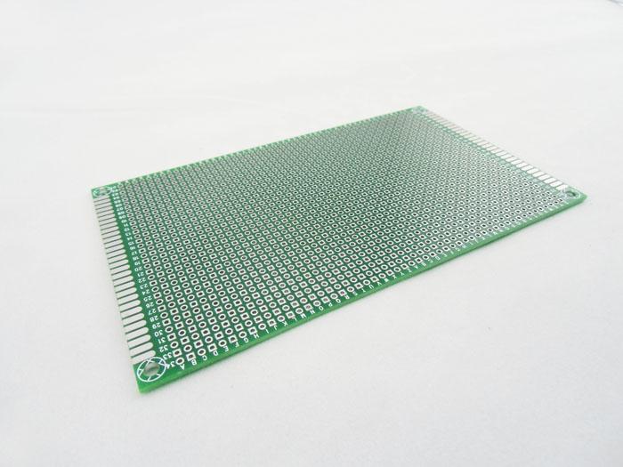 PCB deska 150x90mm vrtané otvory 1mm Oboustranná