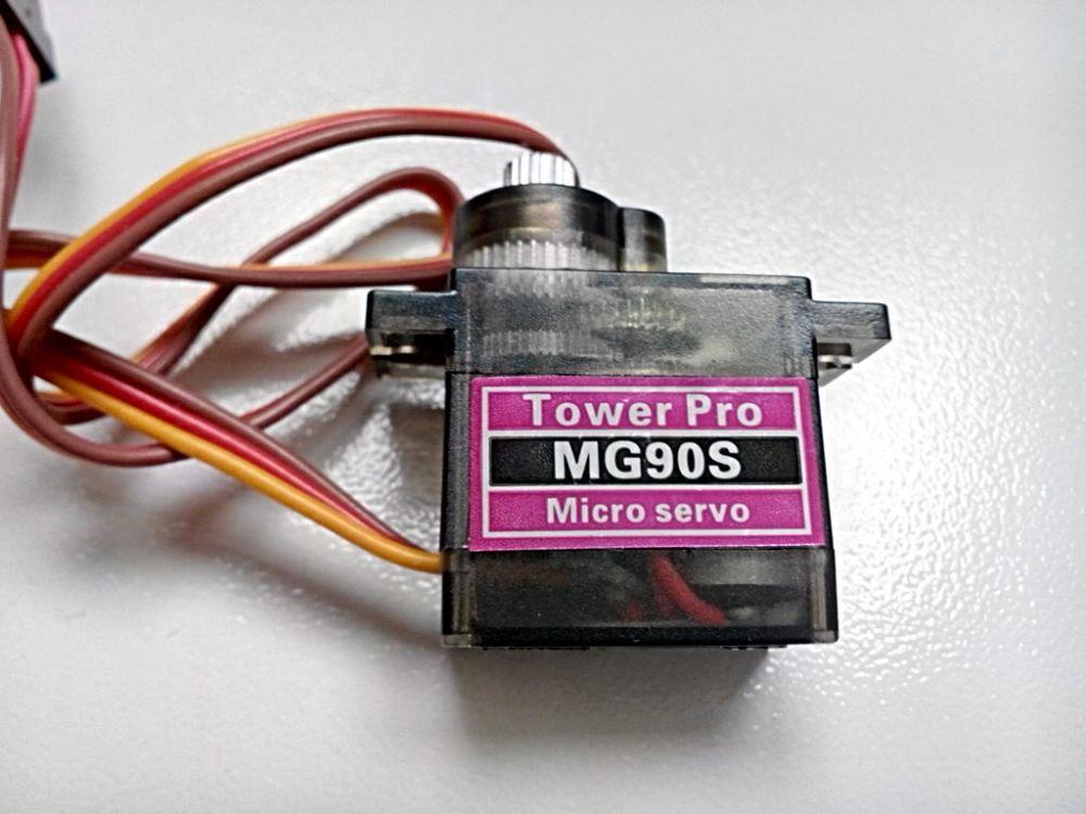 Mini servo MG90S s kovovými převody