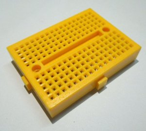 Mini BreadBoard (170 pinů) ŽLUTÁ