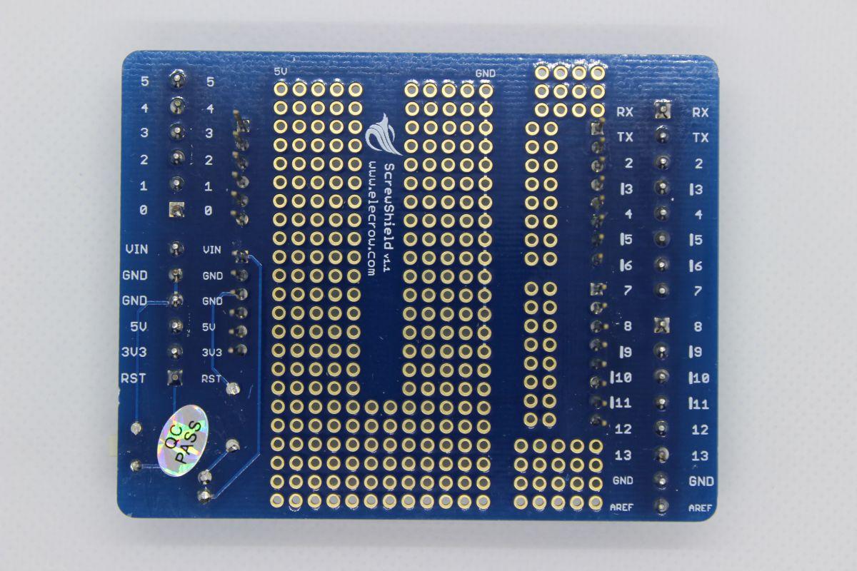Arduino prototype shield se šroubky