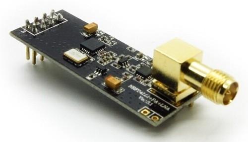 Bezdrátový modul (2.4Ghz) pro Arduino (dosah až 1100 metrů)